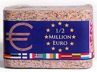Echte Euro-Scheine ganz klein